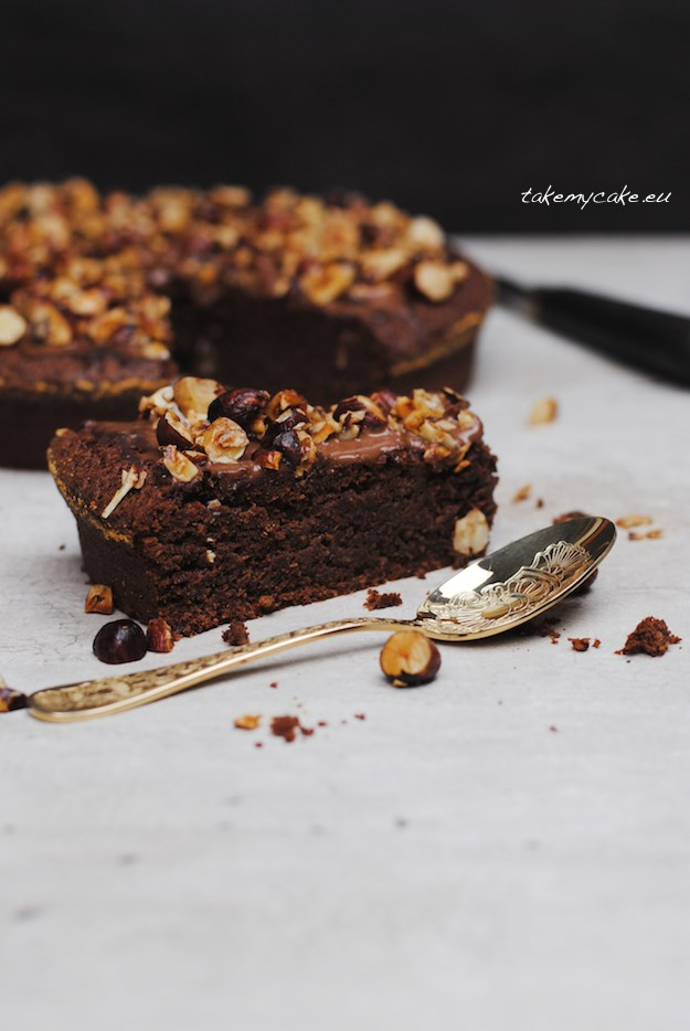 Ciasto z orzechami laskowymi2