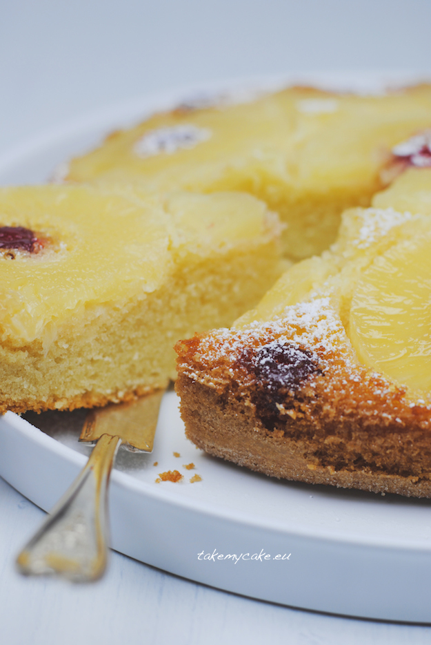 odwrocone ciasto z ananasem